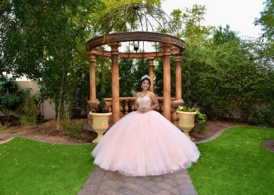 Lush Garden Venue for Traditional Quinceanera Ceremonies in Mesa, AZ