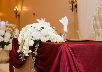 Modern Elegance in Burgundy and Gold Wedding Decor at Garden Tuscana